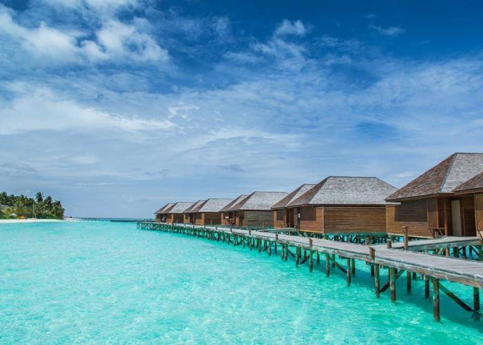 Veligandu Island Resort Luxhotels (4)
