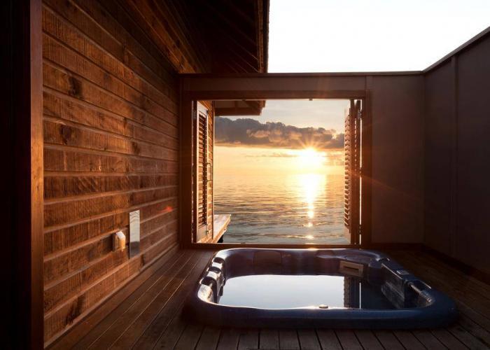 Veligandu Island Resort Luxhotels (5)
