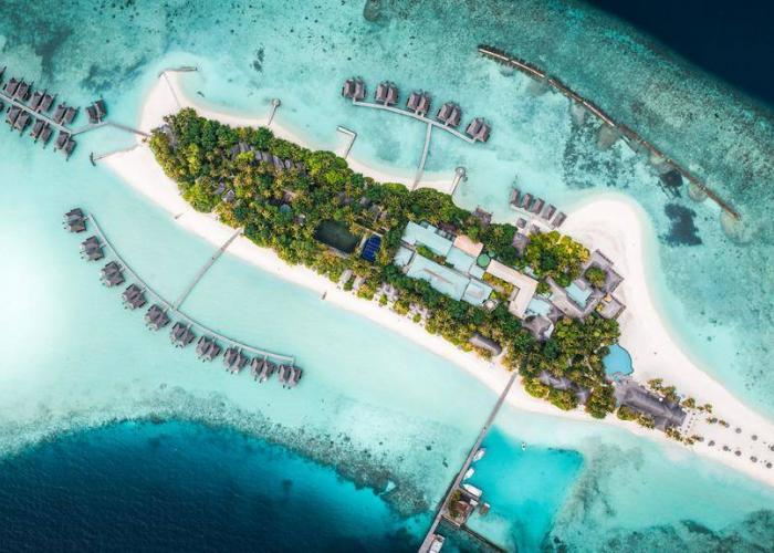 Veligandu Island Resort Luxhotels (9)