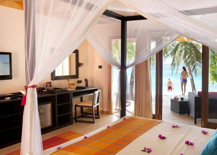 Vilamendhoo Island Resort & Spa Luxhotels (4)
