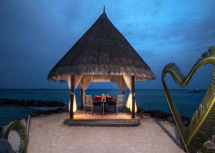 Vivanta By Taj Coral Reef Luxhotels (19)