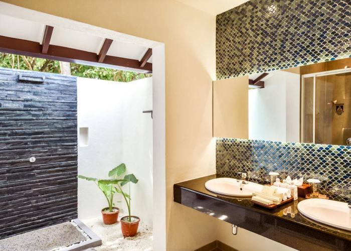Adaaran Select Meedhupparu Luxhotels (4)