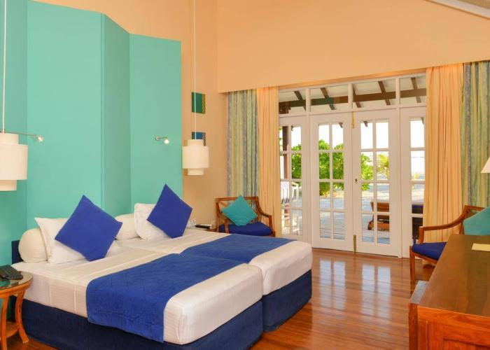Adaaran Select Meedhupparu Luxhotels (6)
