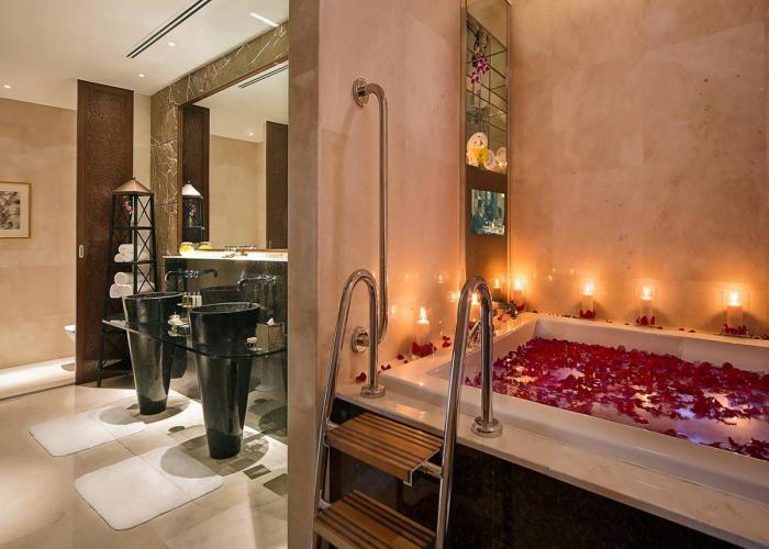 Al Raha Beach Hotel Luxhotels (28)