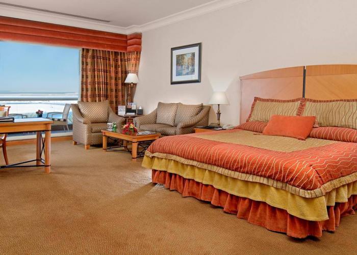 Al Raha Beach Hotel Luxhotels (4)