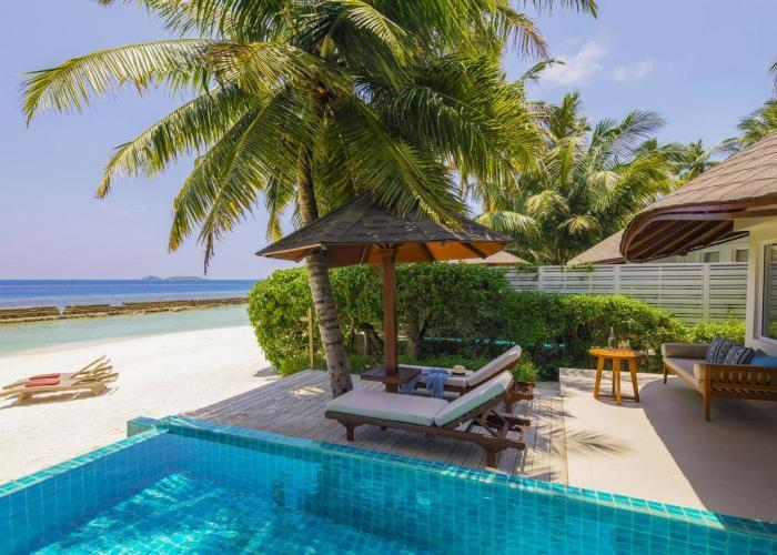 Centara Grand Island Resort & Spa Maldives Luxhotels (10)