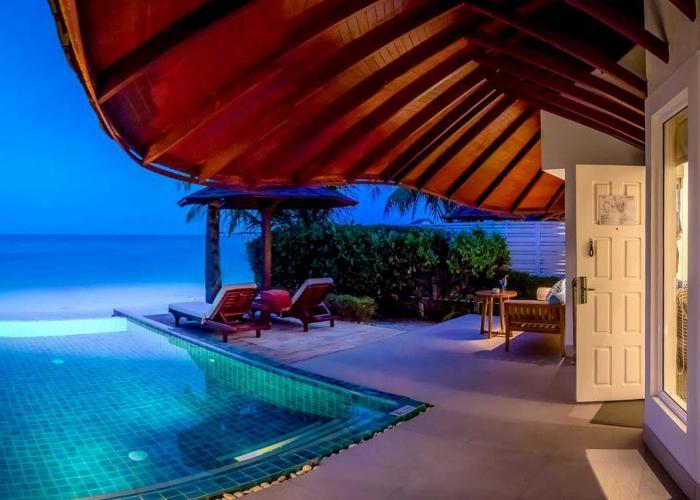 Centara Grand Island Resort & Spa Maldives Luxhotels (14)