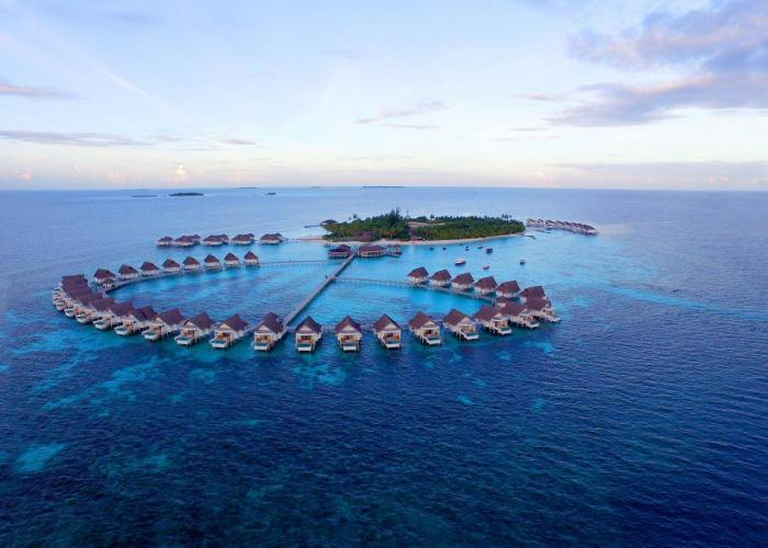 Centara Grand Island Resort & Spa Maldives Luxhotels (18)