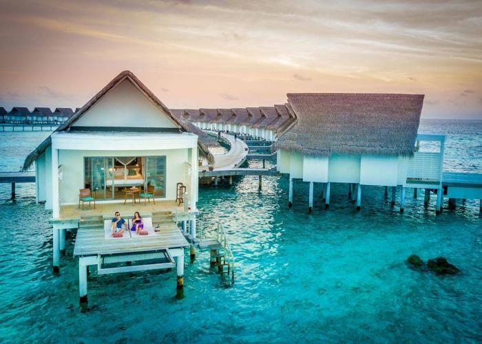 Centara Grand Island Resort & Spa Maldives Luxhotels (19)