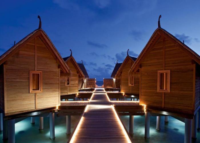 Constance Moofushi Maldives Luxhotels (1)