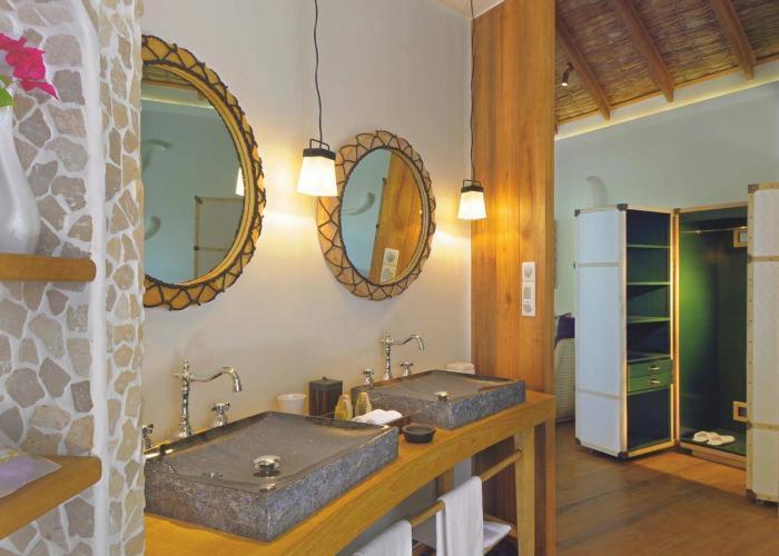 Constance Moofushi Maldives Luxhotels (10)