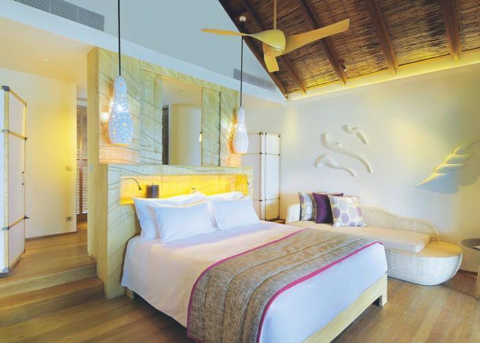 Constance Moofushi Maldives Luxhotels (15)