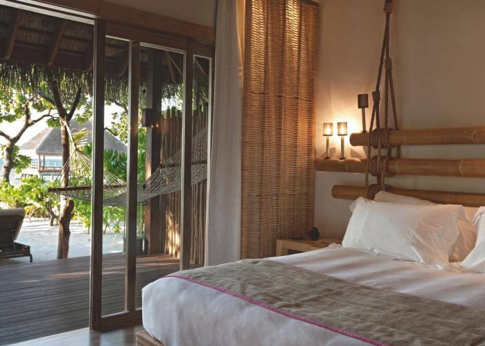 Constance Moofushi Maldives Luxhotels (16)