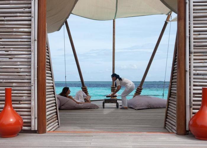 Constance Moofushi Maldives Luxhotels (24)
