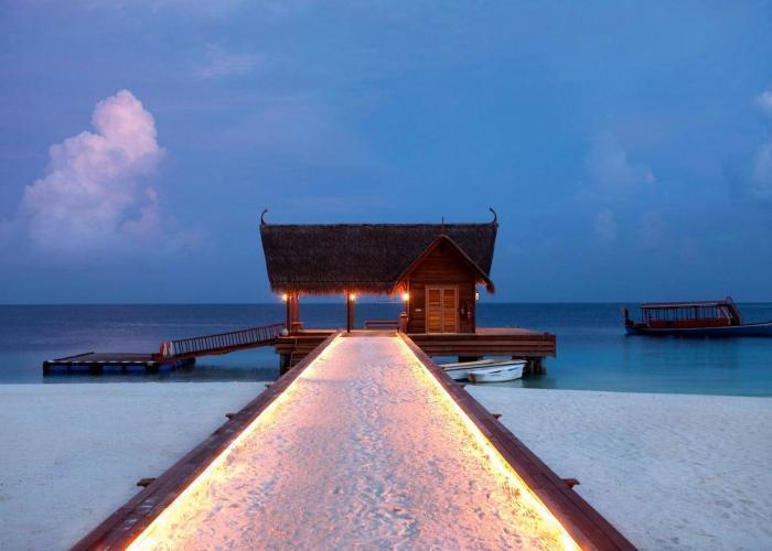 Constance Moofushi Maldives Luxhotels (3)