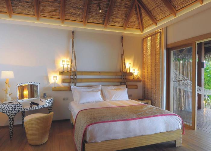 Constance Moofushi Maldives Luxhotels (9)