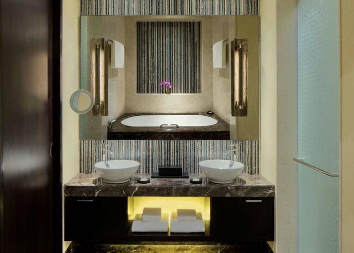 Grand Hyatt Abu Dhabi Hotel & Residences Emirates Pearl Luxhotels (11)