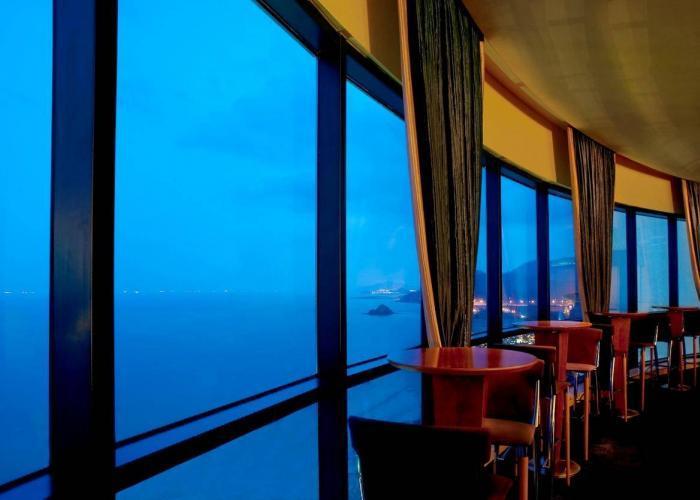 Le Meridien Al Aqah Beach Resort Luxhotels (1)