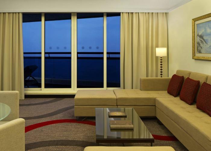 Le Meridien Al Aqah Beach Resort Luxhotels (12)