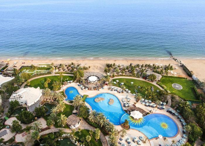 Le Meridien Al Aqah Beach Resort Luxhotels (14)