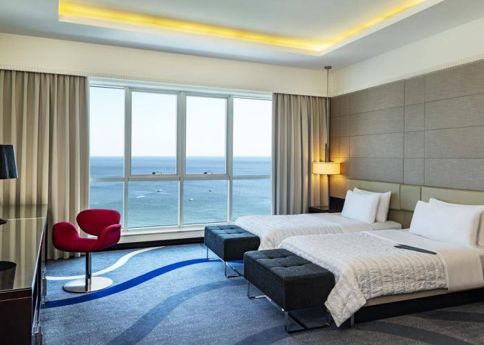 Le Meridien Al Aqah Beach Resort Luxhotels (16)