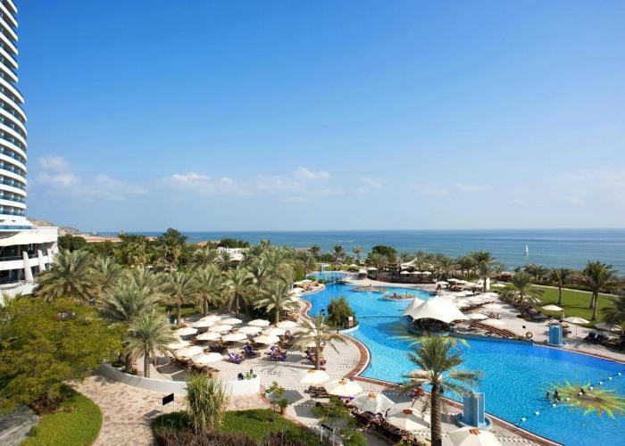 Le Meridien Al Aqah Beach Resort Luxhotels (3)