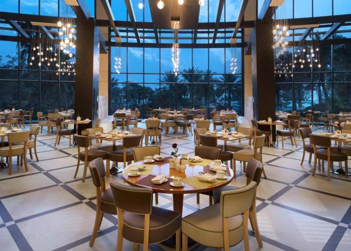 Le Meridien Al Aqah Beach Resort Luxhotels (4)