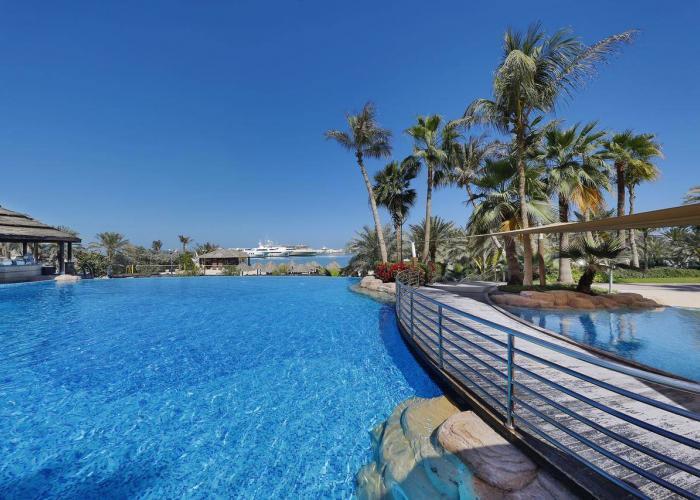 Le Meridien Mina Seyahi Resort Luxhotels (11)