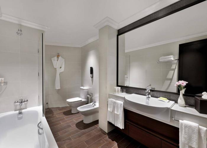 Le Meridien Mina Seyahi Resort Luxhotels (14)