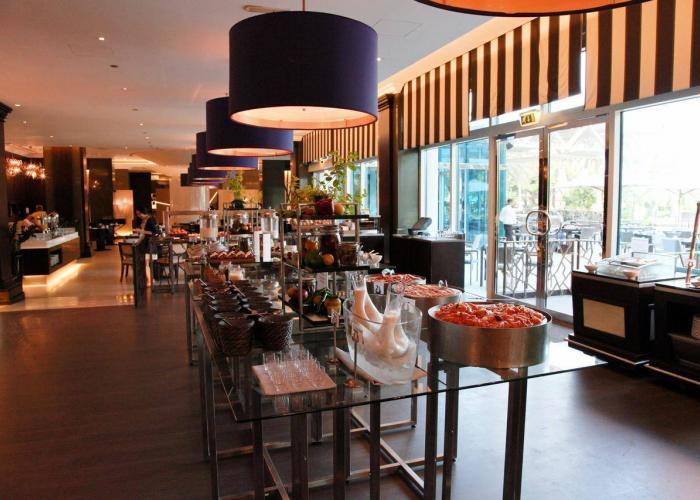 Le Meridien Mina Seyahi Resort Luxhotels (9)