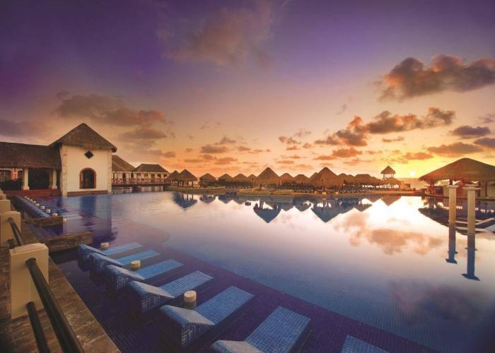 Now Sapphire Riviera Cancun Luxhotels (2)