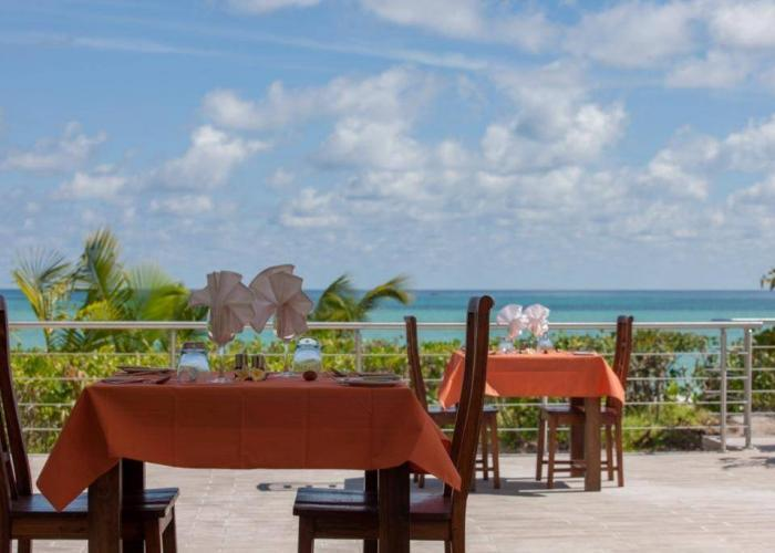 Acajou Beach Resort Luxhotels (9)