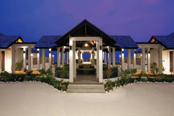 Atmosphere Kanifushi Maldives Luxhotels (4)