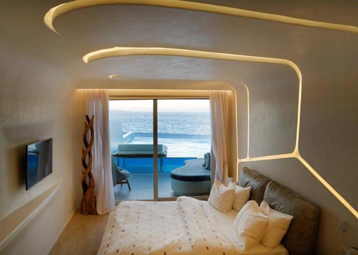 Cavo Tagoo Luxhotels (8)