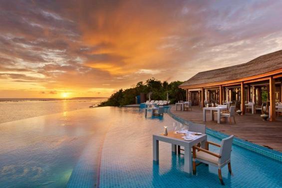 Hideaway Beach Resort Luxhotels (3)