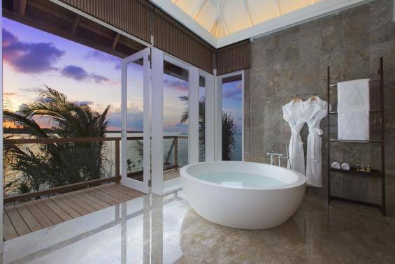 Naladhu Maldives Luxhotels (14)