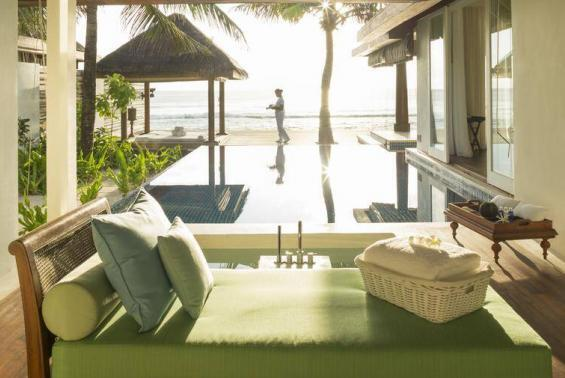 Naladhu Maldives Luxhotels (15)