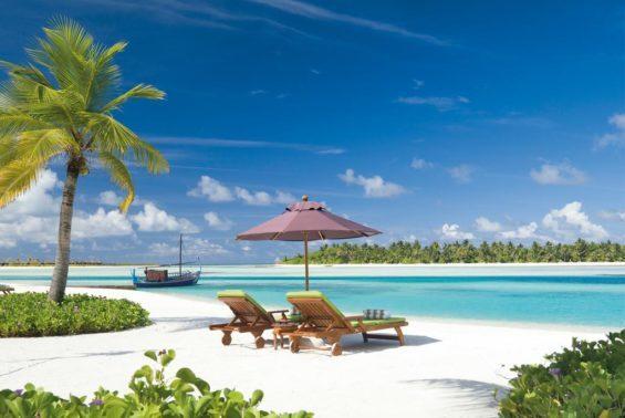 Naladhu Maldives Luxhotels (6)