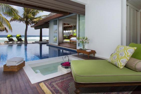 Naladhu Maldives Luxhotels (7)