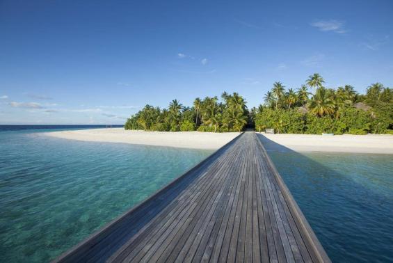 Outrigger Konotta Maldives Resort Luxhotels (1)
