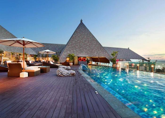 The Kuta Beach Heritage Luxhotels (9)
