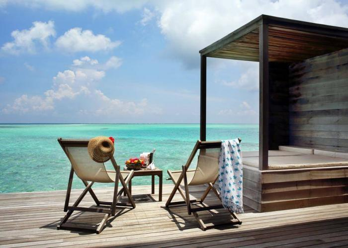 Gangehi Island Resort Luxhotels (15)