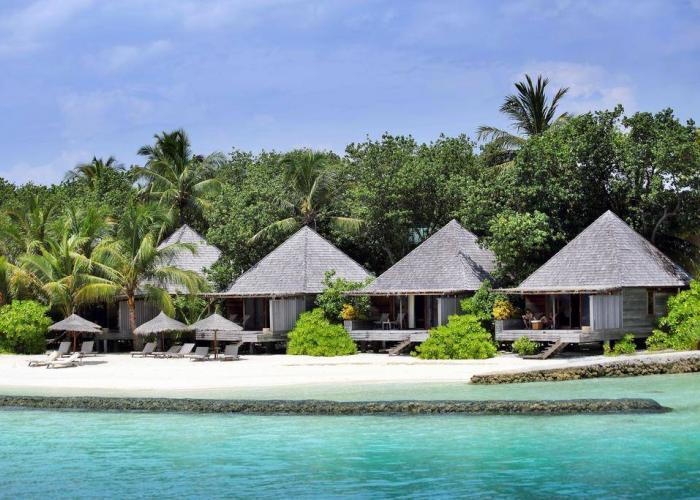 Gangehi Island Resort Luxhotels (6)