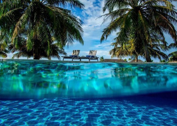 Holiday Inn Resort Kandooma Maldives Luxhotels (14)