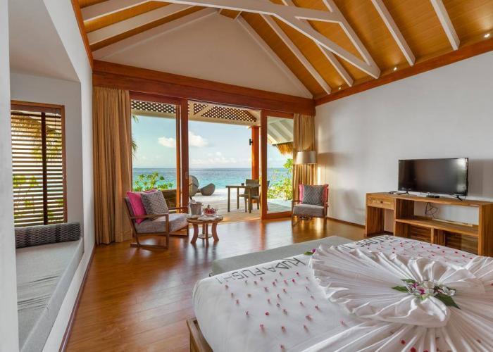 Kudafushi Resort & Spa Luxhotels (1)