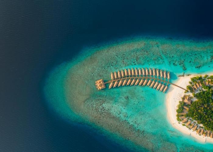 Kudafushi Resort & Spa Luxhotels (6)