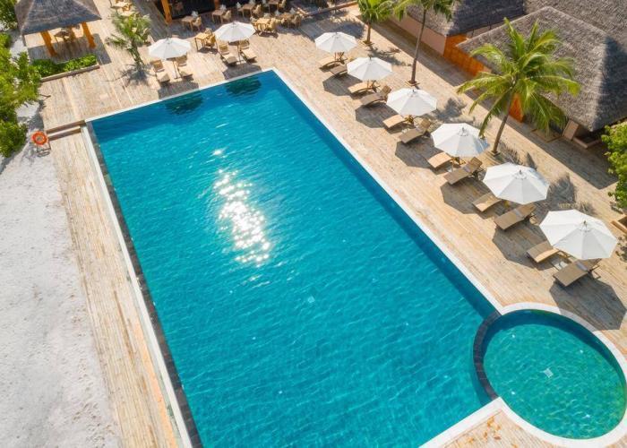Kudafushi Resort & Spa Luxhotels (7)