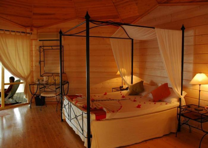 Kuredu Island Resort Luxhotels (14)
