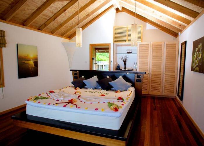 Kuredu Island Resort Luxhotels (16)