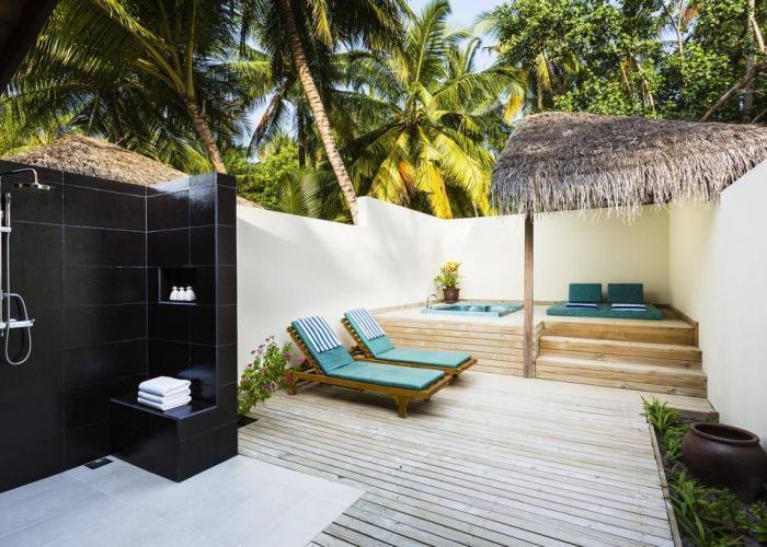 Meeru Island Resort And Spa Luxhotels (1)